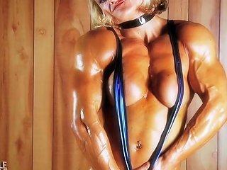 Amazing Muscle Girl Brigita Brezovac Flexing Her Ultimate Hardbody