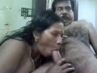 Mature Couple On Live Cam
