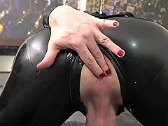 Hot Shemale Anal With Cumshot Feature Clip 2